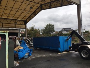 廃棄物用大型コンテナ設置